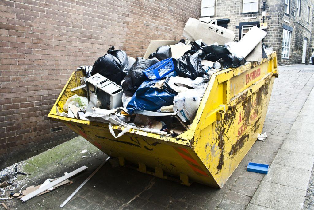 Søppelbortkjøring i Mellomenga Borettslag
